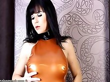 babe fetish gorgeous latex posing solo