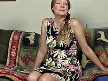 fetish milf nylon