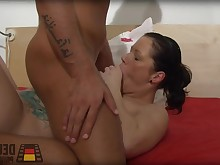 amateur big-tits blowjob boobs big-cock cumshot facials hd hot