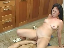 18-21 mammy mature milf