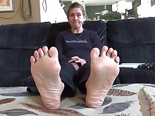 bdsm feet foot-fetish granny mammy mature milf