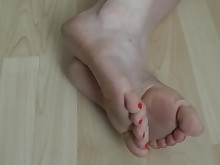 feet foot-fetish mammy mature milf